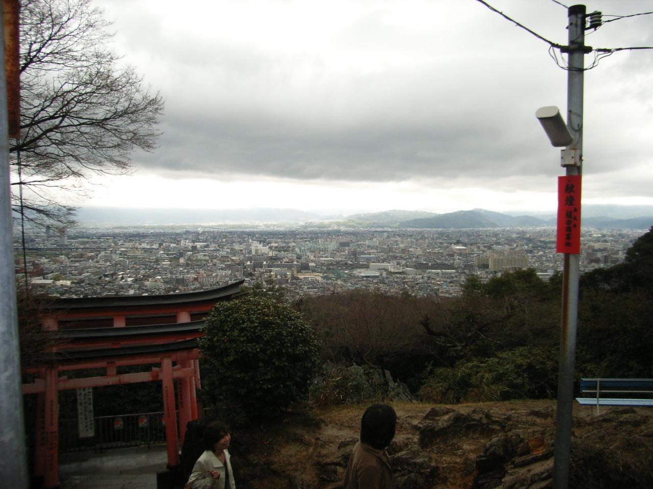 19.3.25伏見稲荷参拝 003.jpg